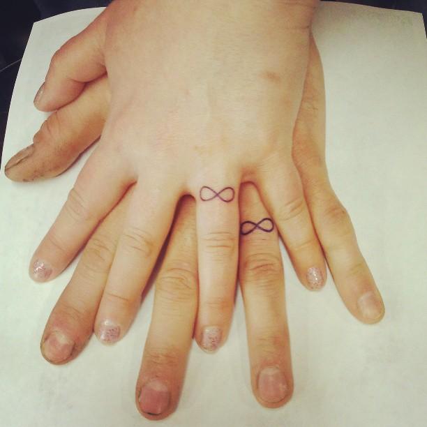парная татуировка бесконечная любовь