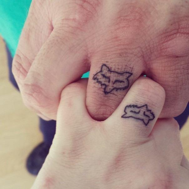 парные тату лисы