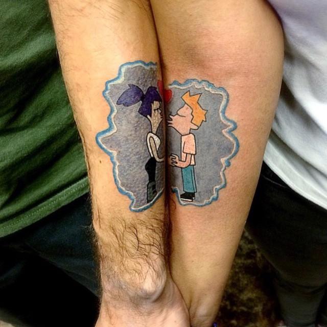 парные татуировки поцелуй