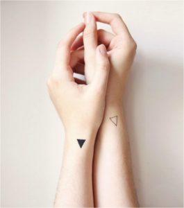 маленькие парные татуировки для влюбленных