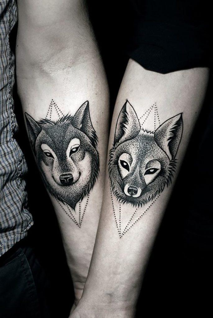 парные тату волки (волк и волчица)
