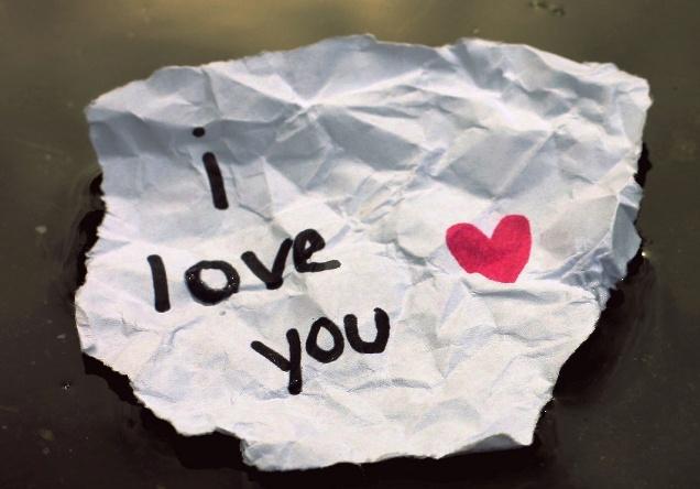любовная записка в луже
