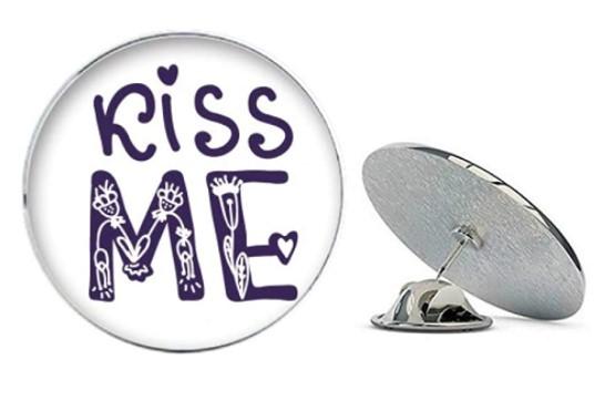 значок Kiss me